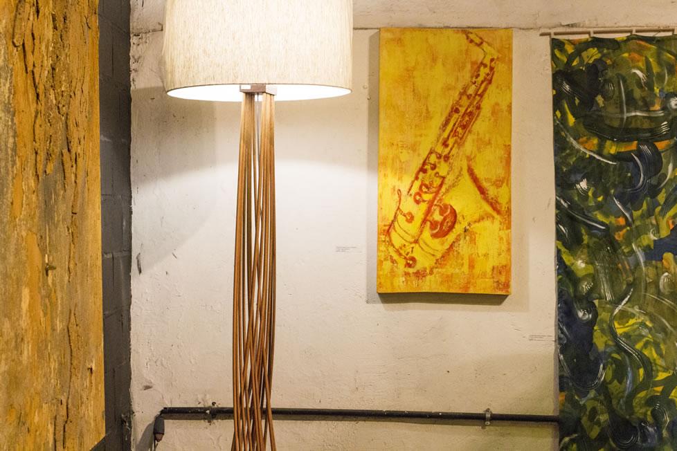 Sax Amarelo de Angela Lemos no SOMA_Conexão ArtRio no Espaço Conceito Bhering