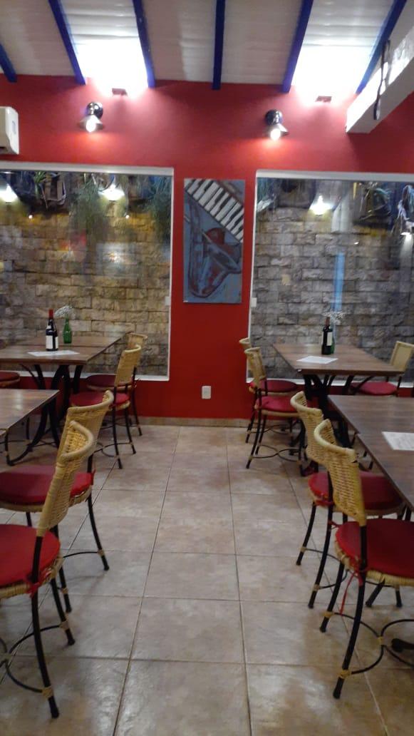 Angela Lemos Pintura Decorativa Sax Restaurante Bananaland Galeria 27 Buzios RJ